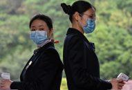 Trung Quốc xét nghiệm người rời Vũ Hán